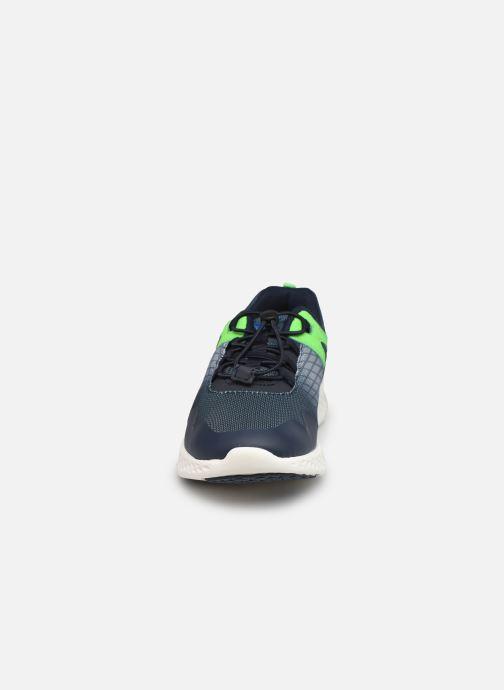 Sneakers Lico Milos Azzurro modello indossato