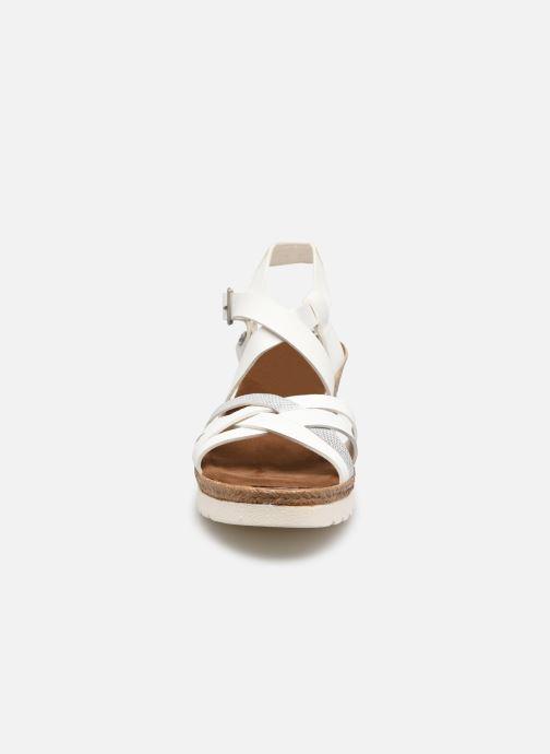 Sandales et nu-pieds Mustang shoes Shadi Blanc vue portées chaussures