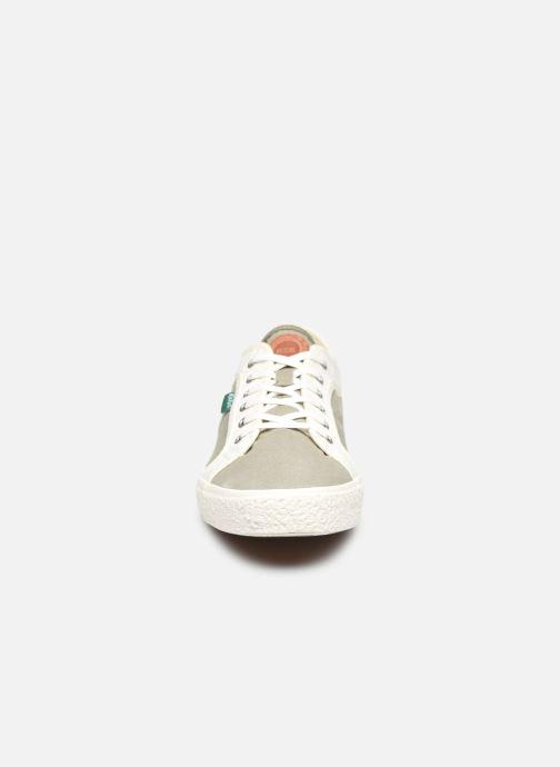 Sneakers Kickers ARVEIL Verde modello indossato