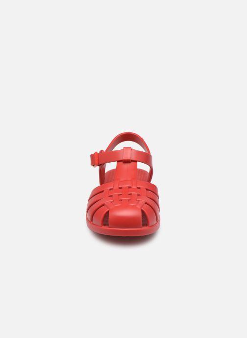 Sandalen Igor Clasica rot schuhe getragen