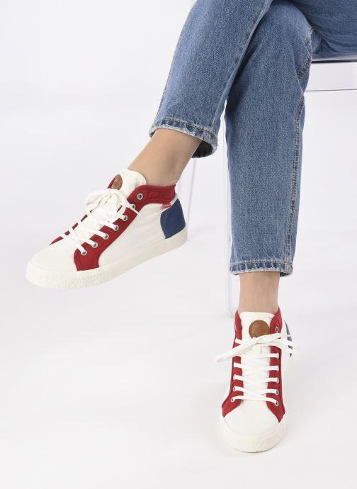 Sneaker Kickers ARVEILER F weiß ansicht von unten / tasche getragen