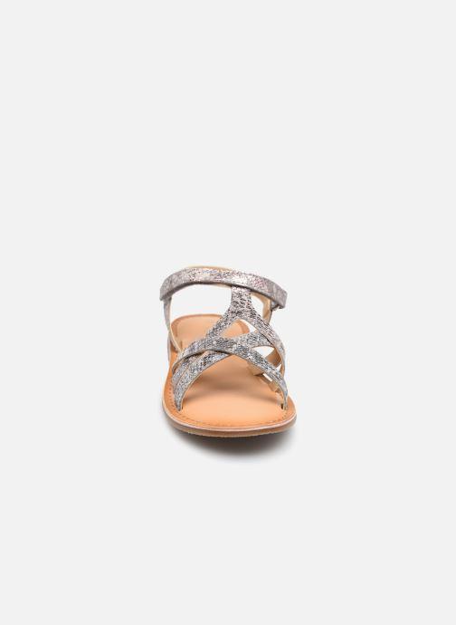 Sandalen Mod8 Canissa rosa schuhe getragen