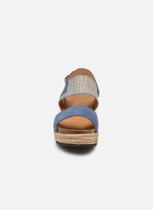 Sandali e scarpe aperte Scholl Elena Azzurro modello indossato
