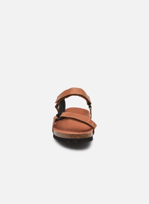 Sandali e scarpe aperte Scholl Heaven Marrone modello indossato