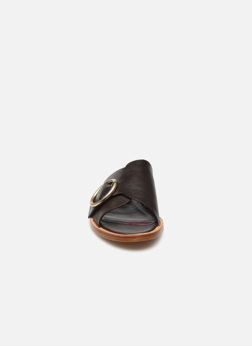 Clogs & Pantoletten Avril Gau Tendre braun schuhe getragen