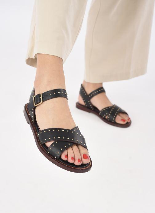Sandalen Avril Gau Titou schwarz ansicht von unten / tasche getragen