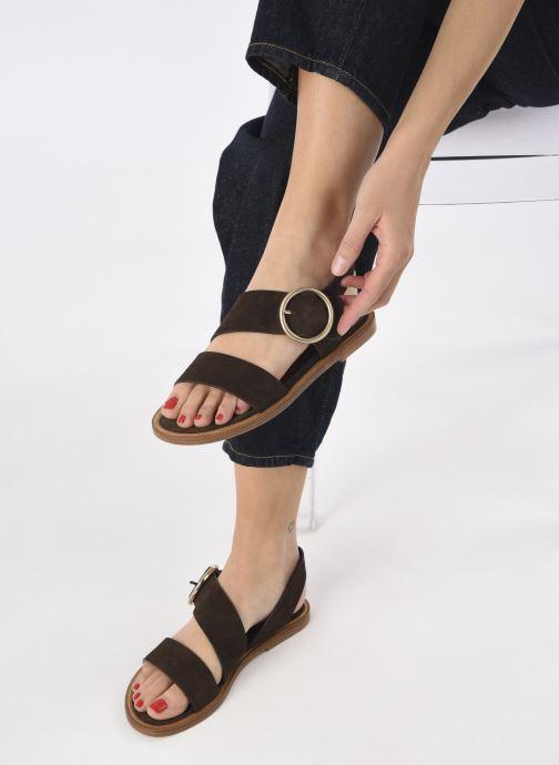 Sandalen Avril Gau Travers braun ansicht von unten / tasche getragen