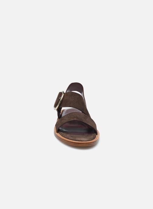 Sandalen Avril Gau Travers braun schuhe getragen