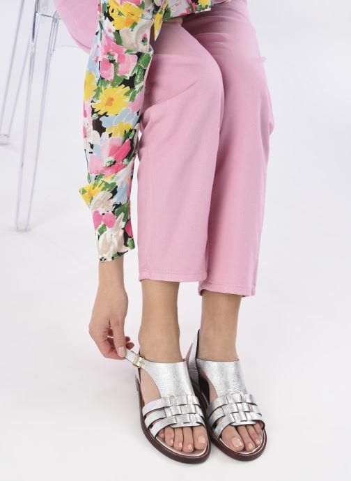 Sandalen Avril Gau Tony silber ansicht von unten / tasche getragen