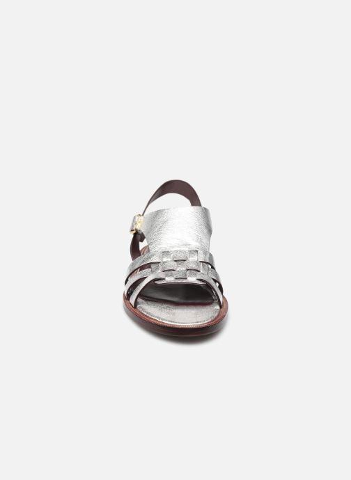 Sandalen Avril Gau Tony silber schuhe getragen