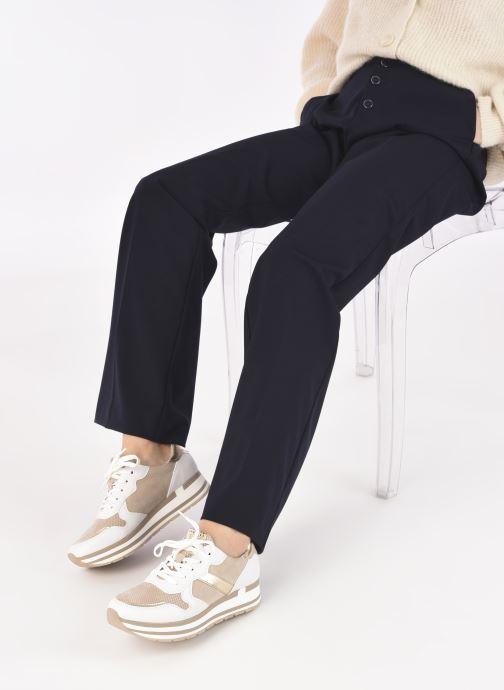 Sneaker Marco Tozzi Lamia gold/bronze ansicht von unten / tasche getragen