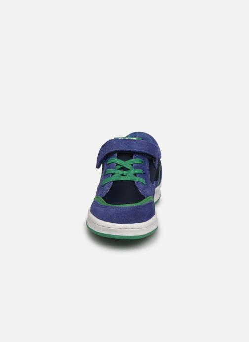 Baskets Kickers Bisckuit Bleu vue portées chaussures