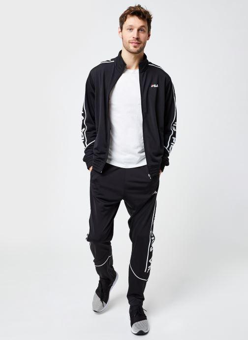 Vêtements FILA Ted Track Pants Noir vue bas / vue portée sac