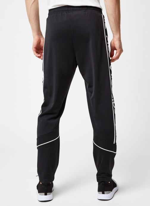 Vêtements FILA Ted Track Pants Noir vue portées chaussures