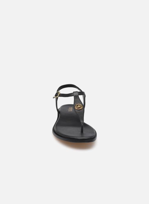 Sandalen Michael Michael Kors MALLORY THONG schwarz schuhe getragen