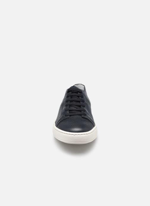 Sneakers Santoni CLEANIC 1 Azzurro modello indossato
