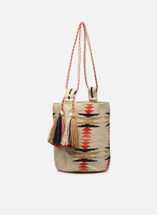 Borse Guanabana Nina Bag Scallare Beige modello indossato