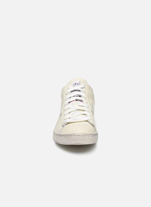 Baskets Diadora Game L Waxed Row Cut W Blanc vue portées chaussures