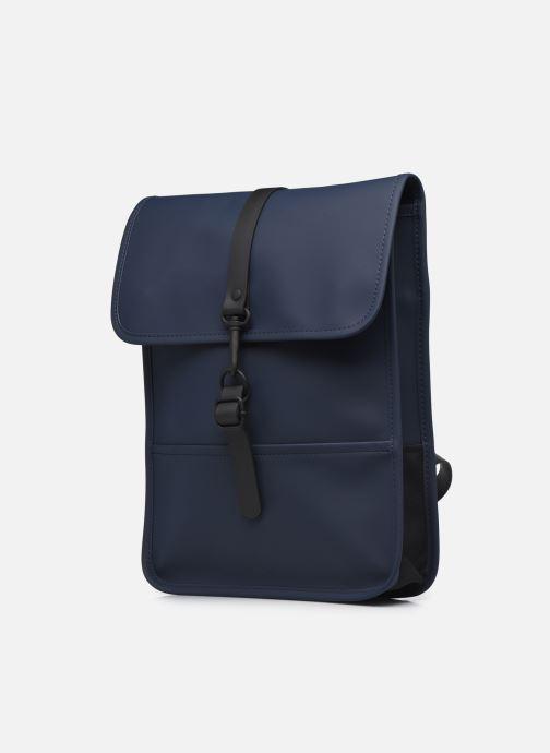 Rucksäcke Rains  Backpack Micro blau schuhe getragen
