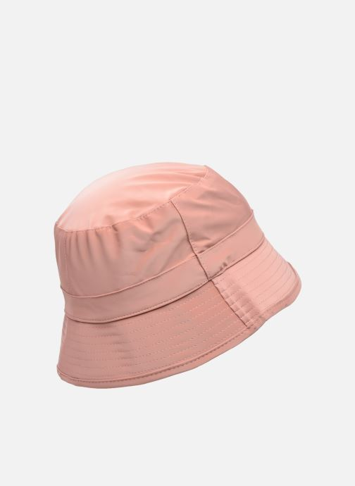 Cappello Rains  Bucket Hat Rosa modello indossato