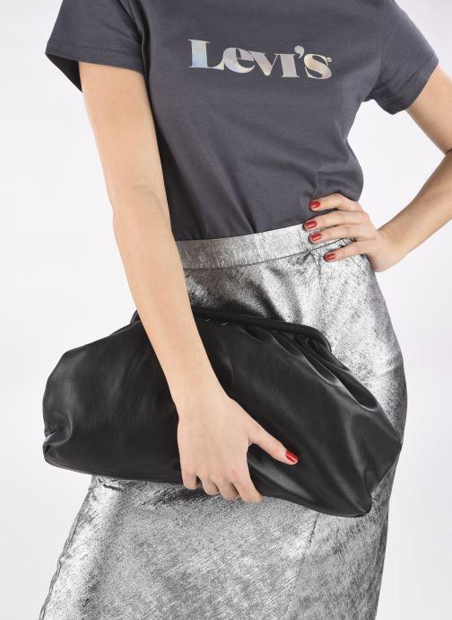 Handtaschen Steve Madden BREVIVE schwarz ansicht von unten / tasche getragen