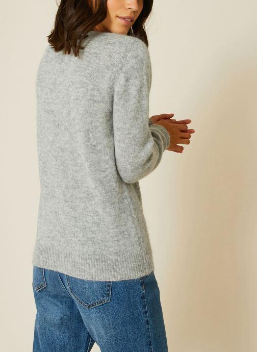 Vêtements Monoprix Femme Pull Gris vue portées chaussures