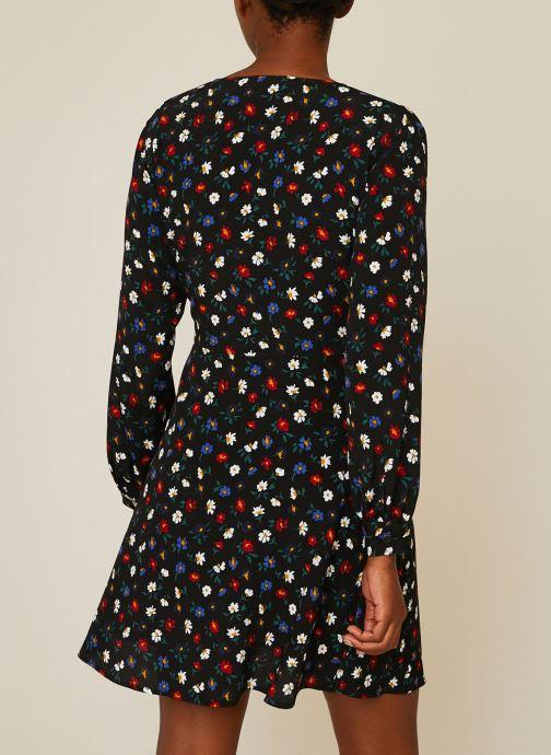 Vêtements Monoprix Femme Robe courte cache-coeur imprimé floral Noir vue portées chaussures
