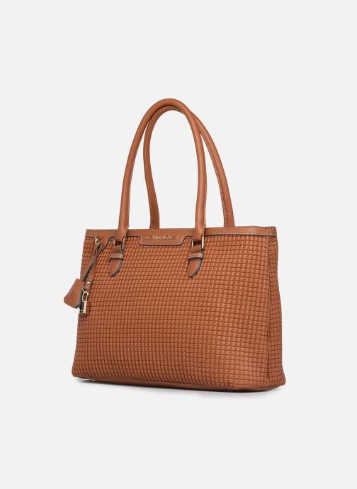 Handtaschen Mac Douglas Laurene M Bryan braun schuhe getragen