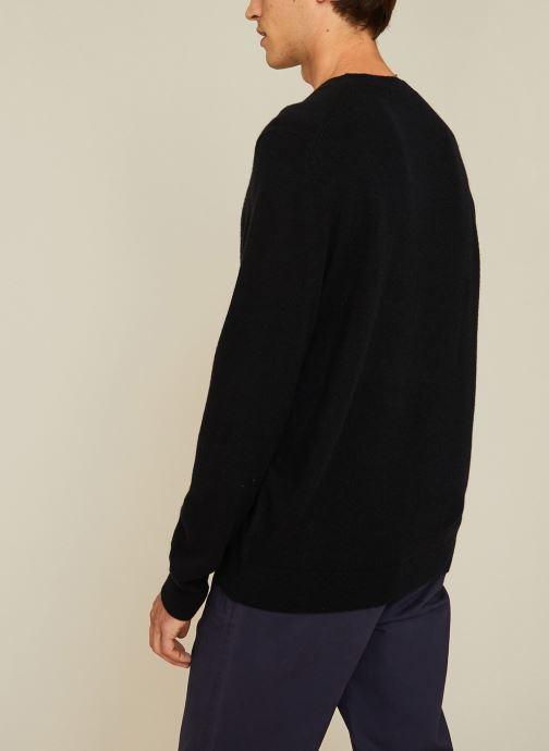 Vêtements Monoprix Homme Pull en cachemire Noir vue portées chaussures