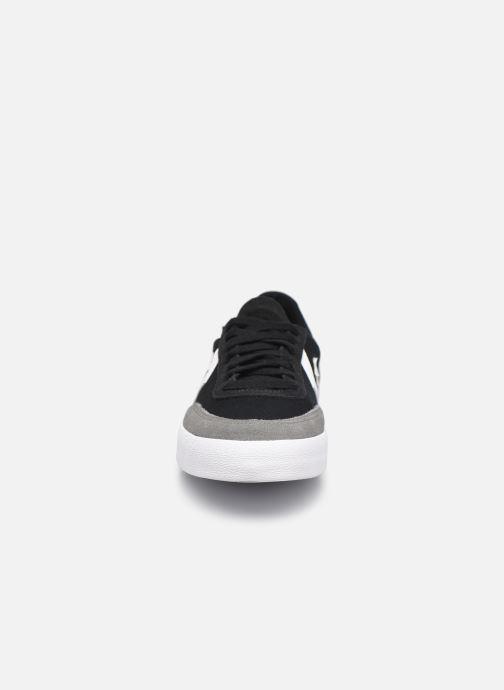 Sneaker Converse Net Star Classic Ox M schwarz schuhe getragen