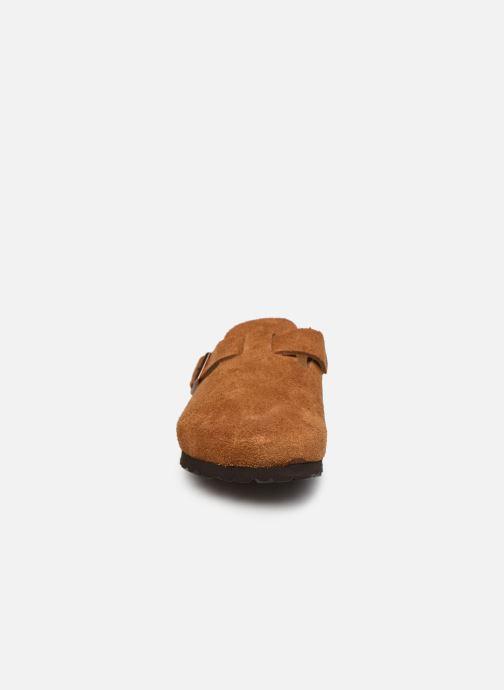 Pantofole Birkenstock Boston Cuir Suede W Marrone modello indossato