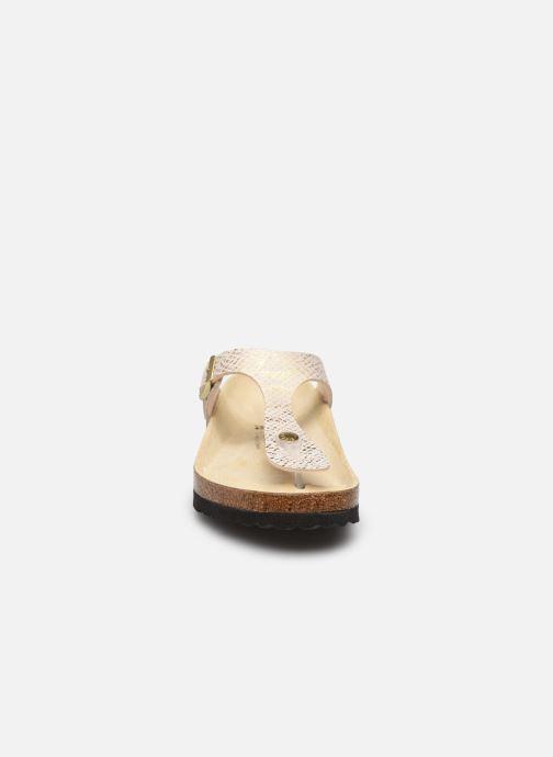 Sandalen Birkenstock Gizeh Micro Fibre W gold/bronze schuhe getragen