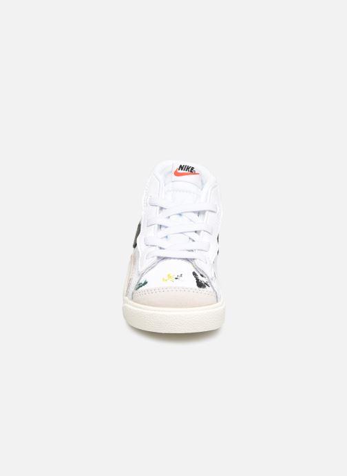 Sneakers Nike Blazer Mid '77 Bb (Td) Bianco modello indossato