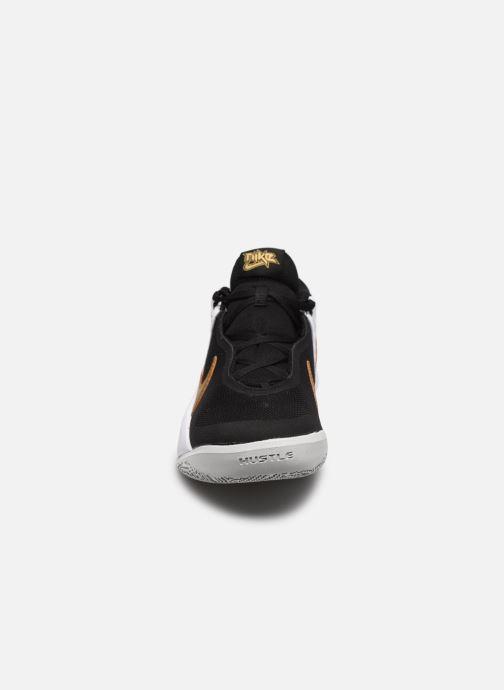 Sneakers Nike Team Hustle D 10 (Gs) Zwart model