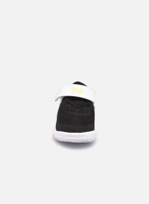 Sneakers Nike Team Hustle D 10 (Td) Zwart model