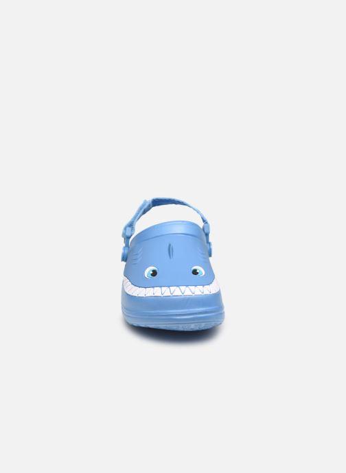 Sandali e scarpe aperte I Love Shoes Sandales Plastique Requin Enfant Azzurro modello indossato