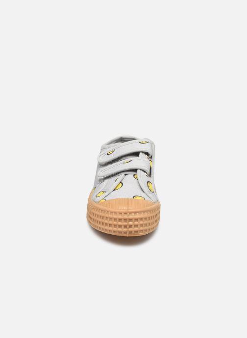 Sneaker Mathilde Cabanas Novesta x Mathilde Cabanas grau schuhe getragen