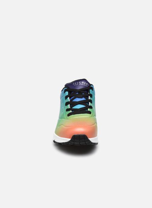Sneaker Skechers UNO SPECTRUM mehrfarbig schuhe getragen