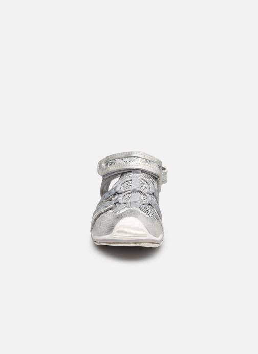 Sandali e scarpe aperte MTNG 48283 Argento modello indossato