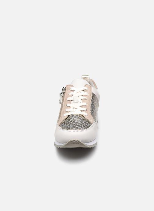 Baskets Caprice NOTTA Blanc vue portées chaussures