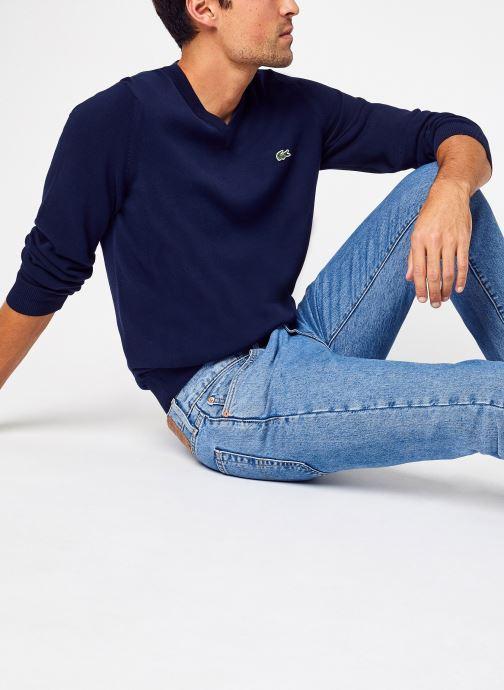 Kleding Lacoste Pull Col V En Coton Biologique Uni Croco Blauw detail