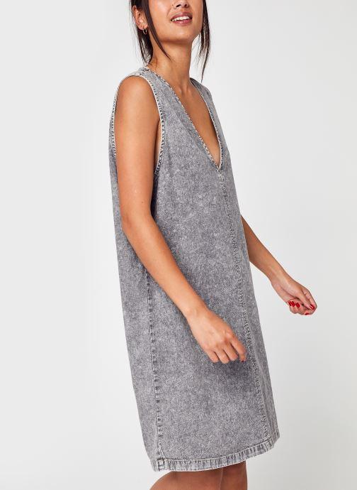 Vêtements Noisy May Nmready S/L V Neck Dnm Dress Bg Gris vue détail/paire