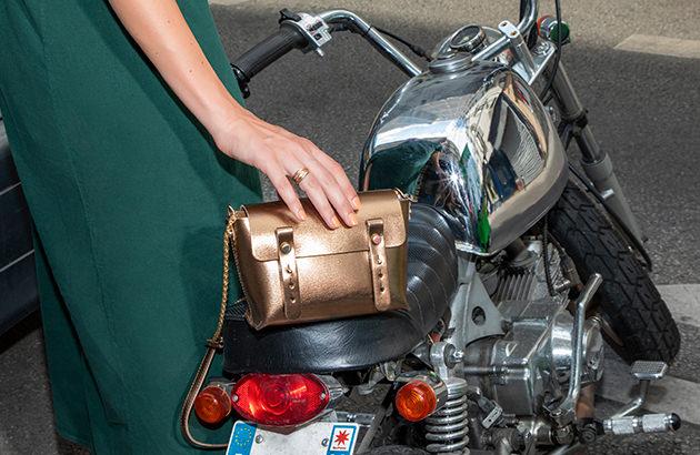 Metallische Taschen