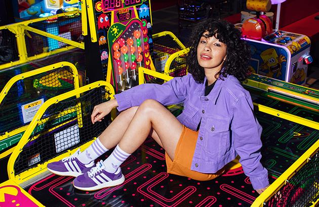 Adidas violettes