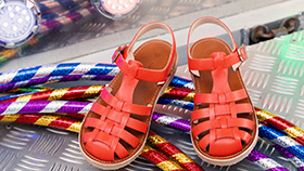 60da46733cfe4 Chaussures   Sarenza achat et vente de la chaussure en ligne